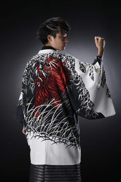 虎友禅絵羽男紋付 赤虎